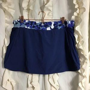 Fabletics navy Camo tennis skirt skort XL